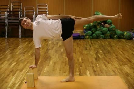 занятия йогой, йога центр, йога петербург